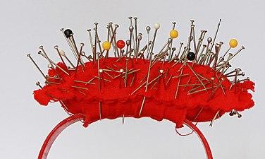 Pin cushion - Public Domain.jpg