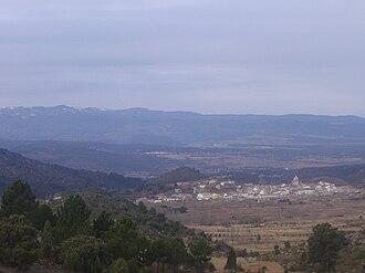 Sierra de Javalambre - Sierra de Javalambre rising above Pina