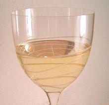 Un bicchiere di Pinot grigio