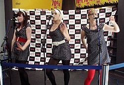 The Pipettes Southamptonissa Englannissa 2005.