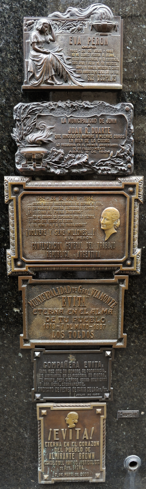 Plaques on Evita's tomb at Cementerio de la Recoleta in Buenos Aires, Argentina (15755074219)