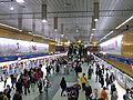 Platform of Blue Line in Taipei City Hall MRT Station 20101103.JPG