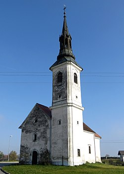 Podvinje Slovenia - church.JPG