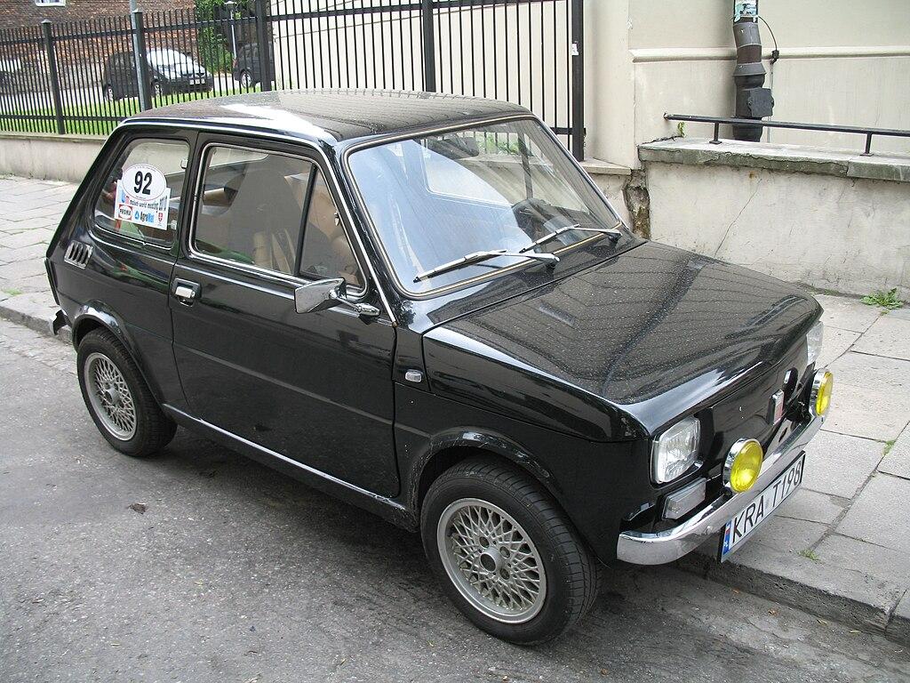 File:Polski Fiat 126p in Kraków MWM 2010.jpg  Wikimedia Commons