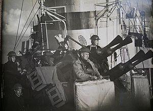 Pom pom on HMS Kelvin.JPG