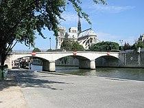 Pont de l'archevêché vu du quai de la tournelle-20050628.jpg