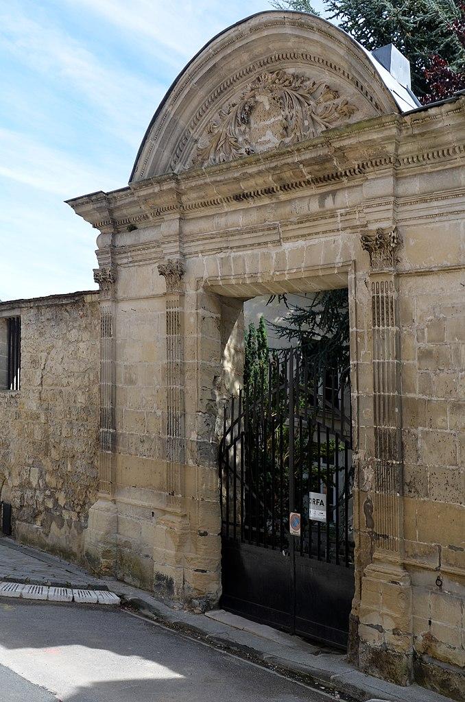 File porte ancien couvent du val des coliers laon dsc - Mise a la porte du couvent ...