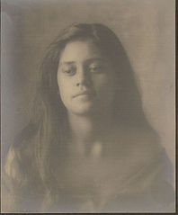 Portrait of Hawaiian girl titled 'The Fisherman's Daughter' 1909.jpg