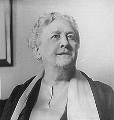 Portrait photograph of Mrs. James Roosevelt.jpg