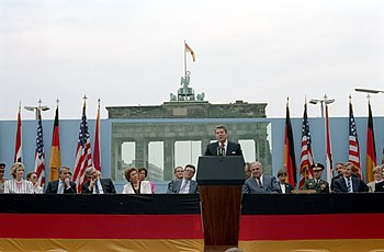 President Ronald Reagan making his Berlin Wall speech.jpg