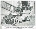 Prinzessin Ludwig Ferdinand von Bayern mit ihren Kindern im Automobil, 1905.jpg
