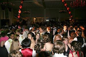 Prom - Prom dance