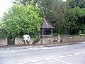 Public pump, Bladon - geograph.org.uk - 1407970.jpg