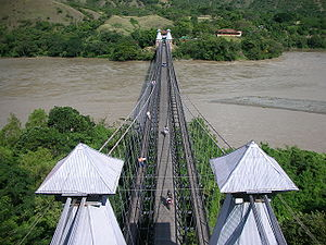 Puente de Occidente - Image: Puente de Occidente top