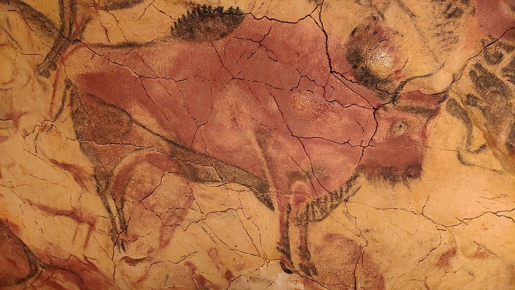 Réplica de la pintura de un bisonte en la Neocueva de Altamira