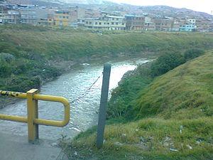 Tunjuelo River - Image: Río en Btá Localida Tunjuelito