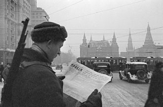 Pravda - A soldier reading Pravda during the Second World War. October -December 1941-RIAN