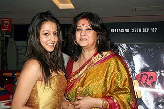 Raima Sen - Sen with her mother Moon Moon Sen