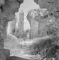 Ramle Ruines van de Witte Moskee met zicht op de Witte Toren die gotische kenme, Bestanddeelnr 255-3856.jpg