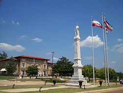 Rankin County Confederate Monument.jpg