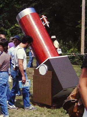 Dobsonian telescope - A Dobsonian telescope on display at Stellafane in the early 1980s