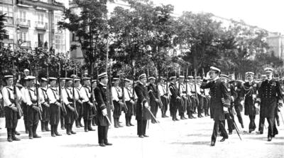 Revista de fuerzas navales en Santander (Mundo Gráfico).png