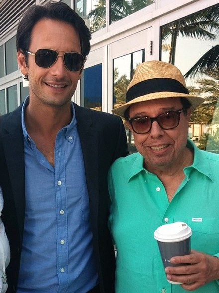 Rodrigo Santoro, who voices Tulio, and the soundtrack's producer Sergio Mendes at the film's press event. Rodrigo Santoro, Sergio Mendes, Rio 2 press junket.jpg