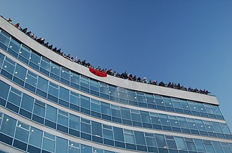 2010 United Kingdom student protests - Protesters on the roof of 30 Millbank