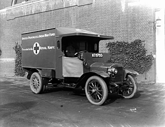 Emergency medical services - A Royal Navy ambulance during World War I.