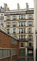 Rue des Vinaigriers (Paris), numéro 55 01.jpg
