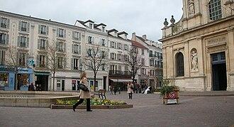 Rueil-Malmaison - Vue on the Place de l'Église