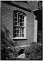 SOUTH FRONT, FIRST FLOOR, DETAIL OF WINDOW - Derby House, 168 Derby Street, Salem, Essex County, MA HABS MASS,5-SAL,30-6.tif