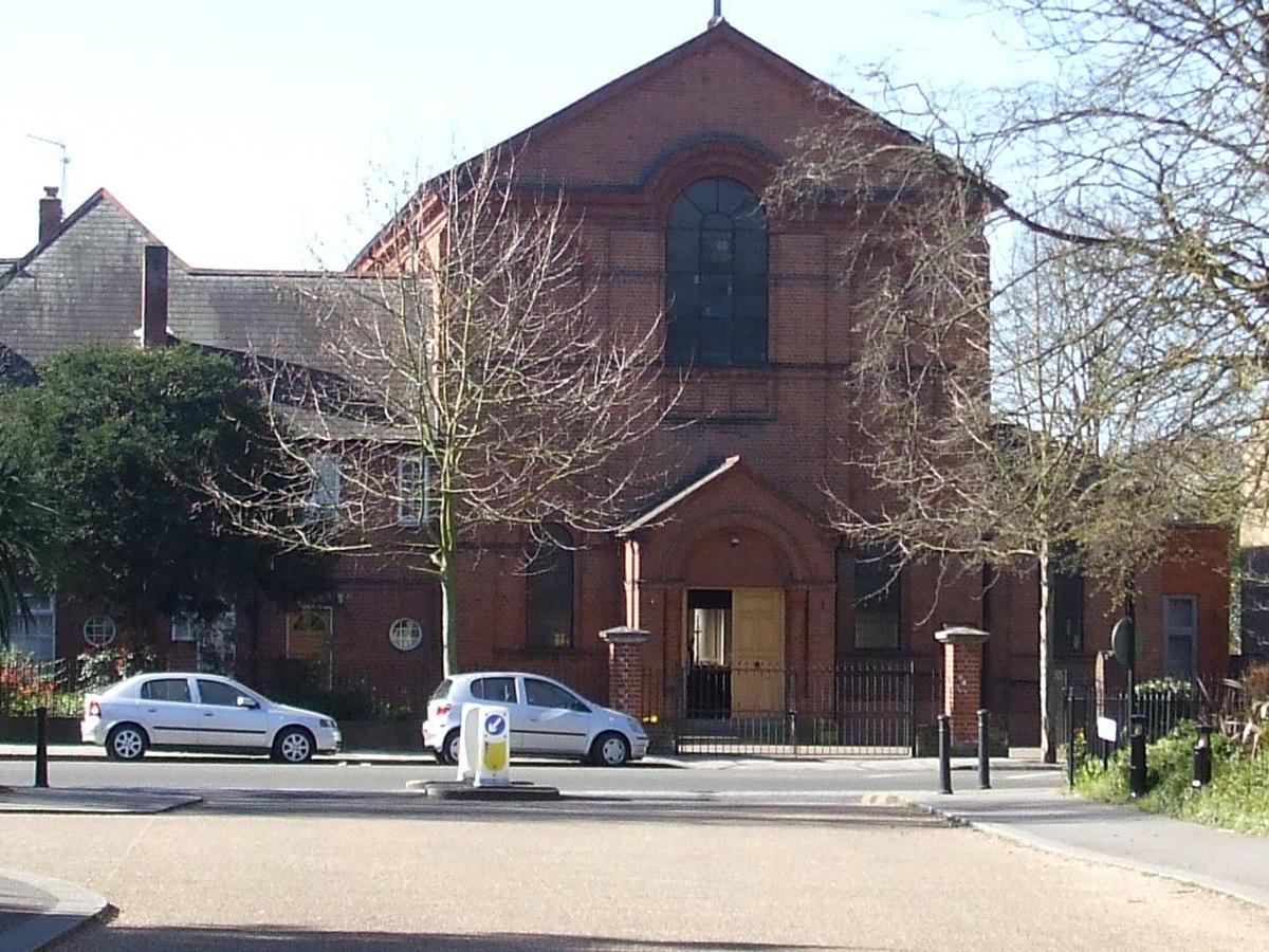 Sacred Heart Church Teddington