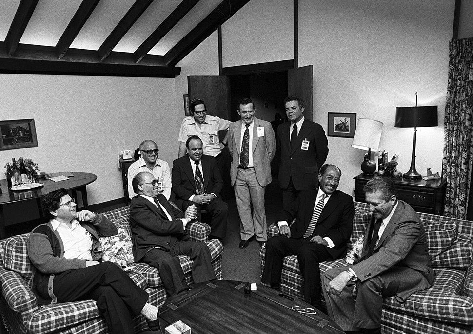 Sadat and Begin and their delegations at Camp David, September 17, 1978 (10729645586)