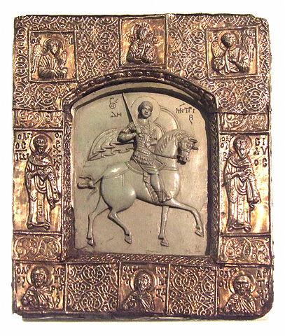 По преданию, эту икону Святого Димитрия Солунского прислал князю Дмитрию Донскому византийский император в честь победы на Куликовом поле 8 сентября 1380 года.