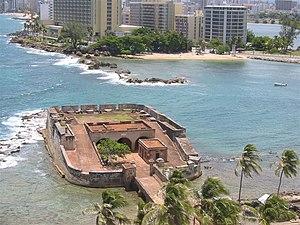 Fortín de San Gerónimo - Fort San Gerónimo picture taken from Caribe Hilton Hotel