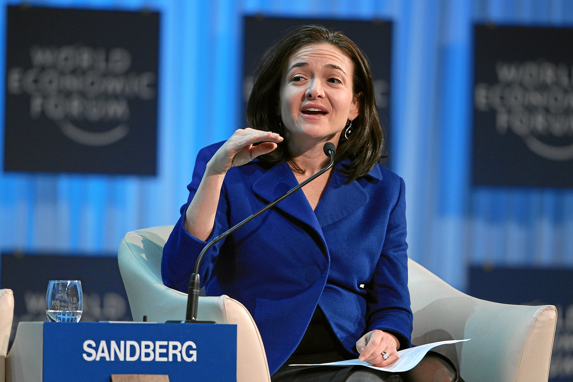 sandberg_facebook_women_executives