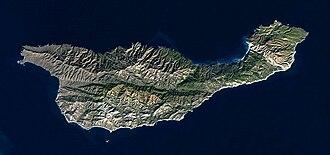 Santa Cruz Island - Image: Santa Cruz Island EO