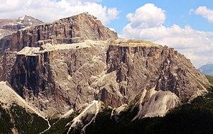 Pordoi Pass - Image: Sass Pordoi Mountain