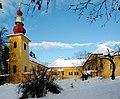 Schloss Damtschach Winter 23.jpg