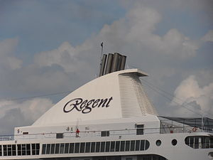 Seven Seas Voyager' Funnel Tallinn 7 July 2012.JPG