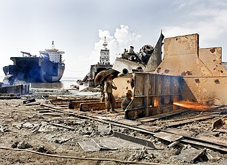 Ship breaking - Gas cutting in Chittagong, Bangladesh