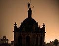 Silueta del arcángel Rafael sobre la torre de Santa Marina (Córdoba).jpg