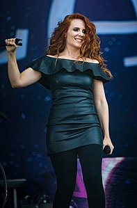 Simone Simons - Epica - Wacken Open Air 2018(cropped).jpg