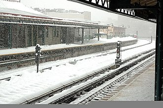 Simpson Street (IRT White Plains Road Line) - The station during a snowfall