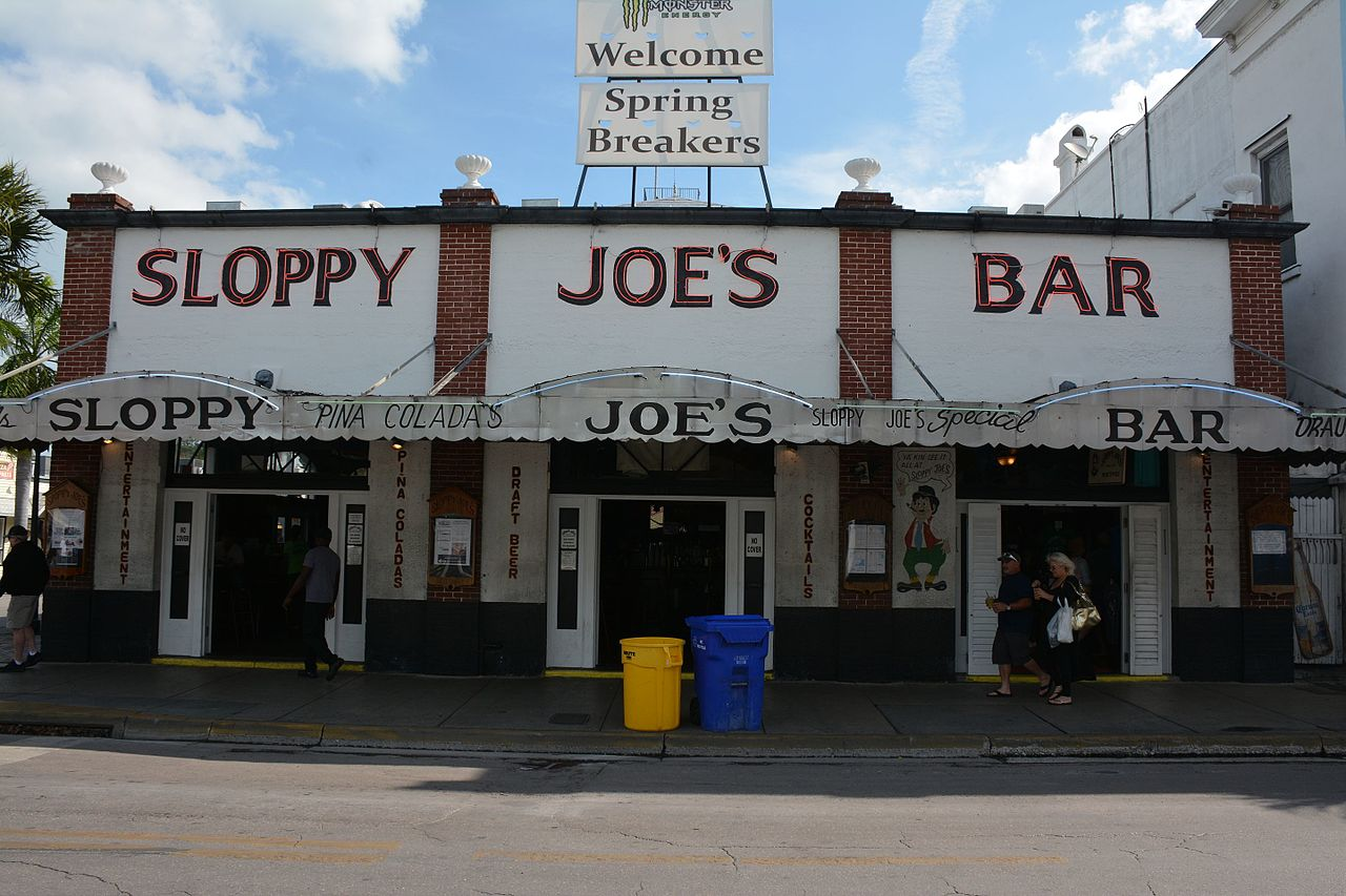 Sloppy Joe S Treasure Island Happy Hour