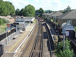 South Acton Station - geograph.org.uk - 899052.jpg