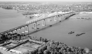Southwest view of Outerbridge Crossing.tif