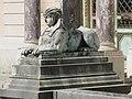 Sphinx du château de Bagatelle 1.jpg