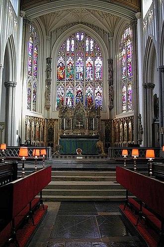 Robert Dennis Chantrell - Image: St Peter, Leeds Parish Church Chancel geograph.org.uk 1333338